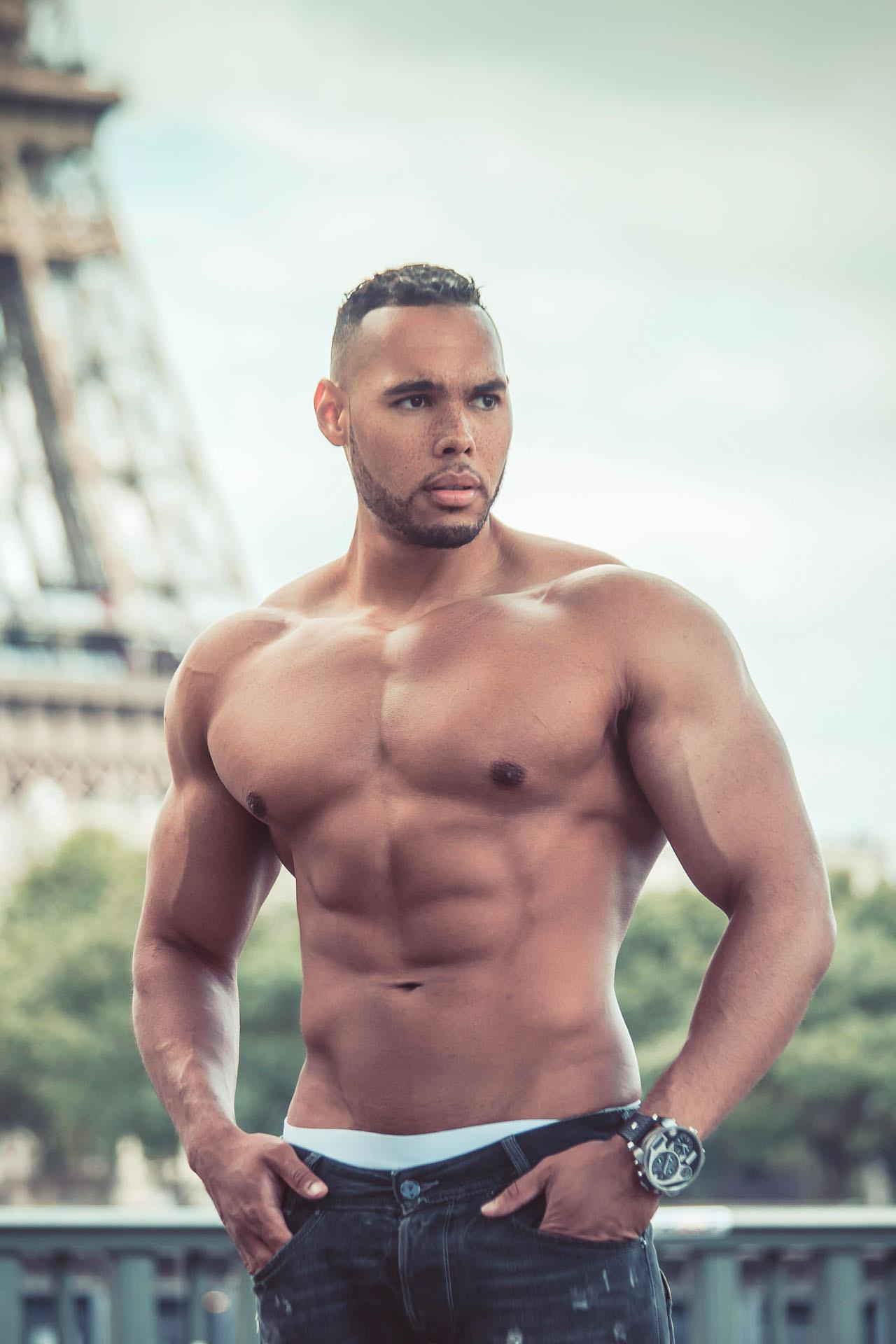 2016-07-26 - Christopher - Paris - 7110 - 1920px