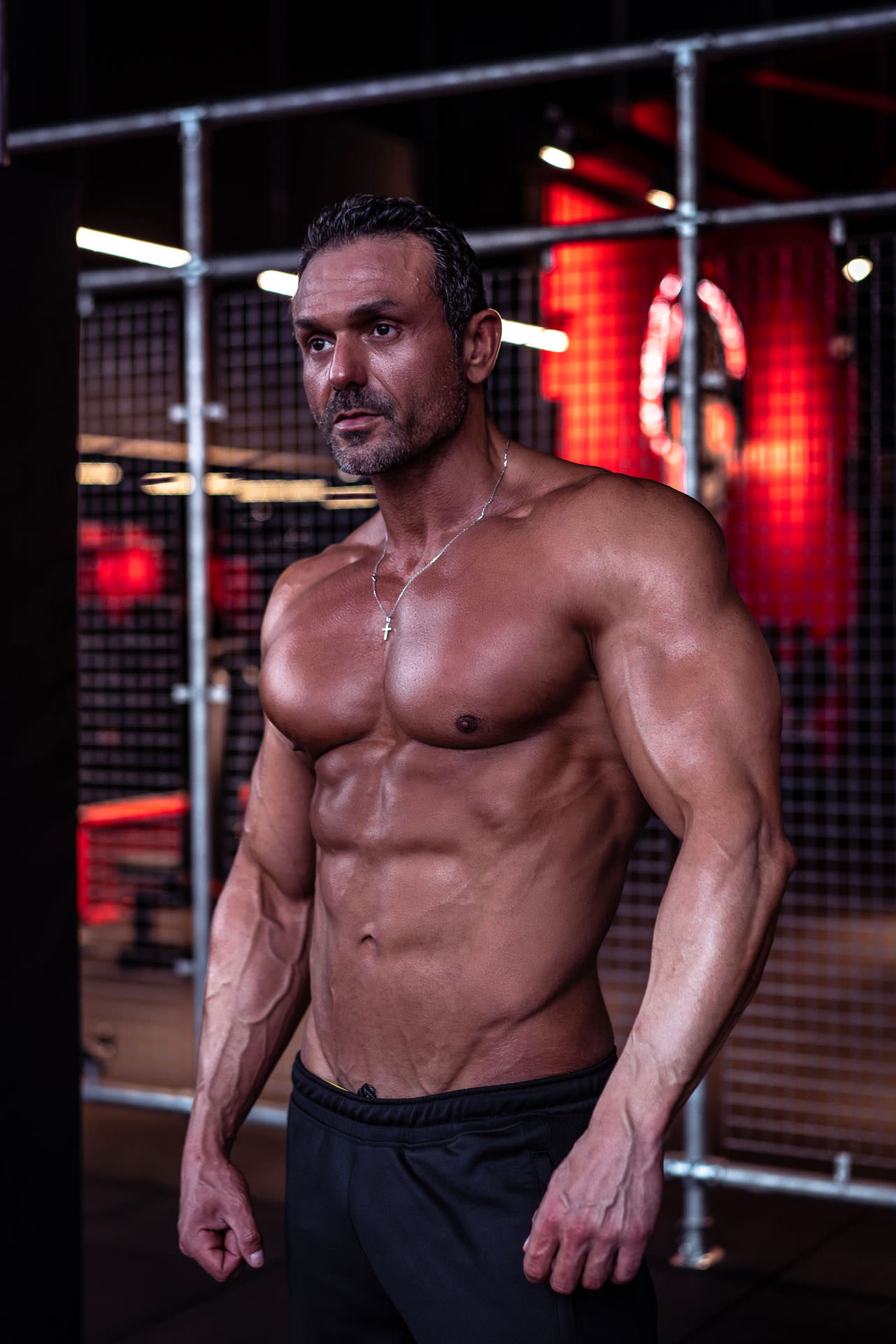 2019-03-04 - Enzo - Muscle & Fitness - 06802 - 1920px