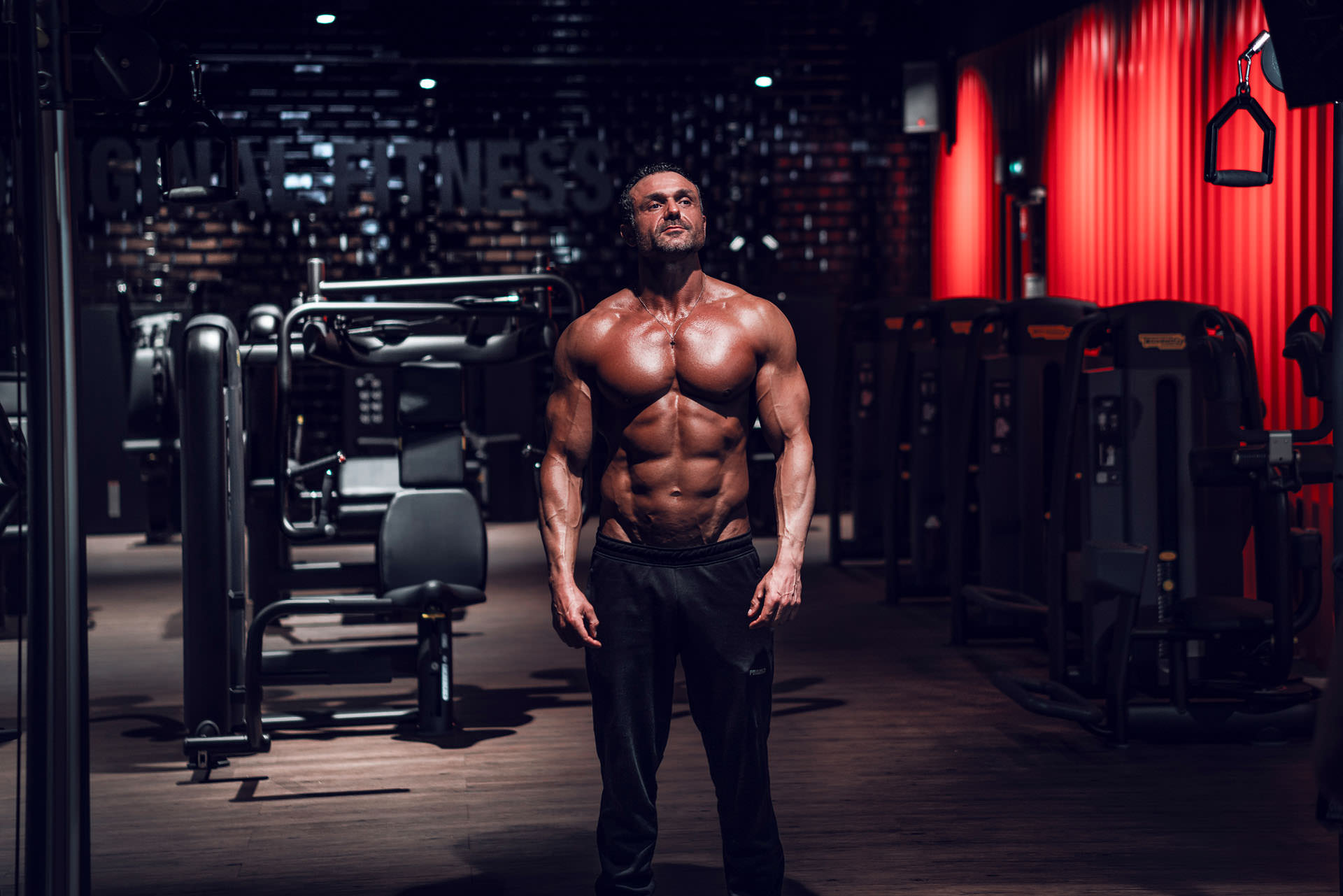 2019-03-04 - Enzo - Muscle & Fitness - 06848 - 1920px