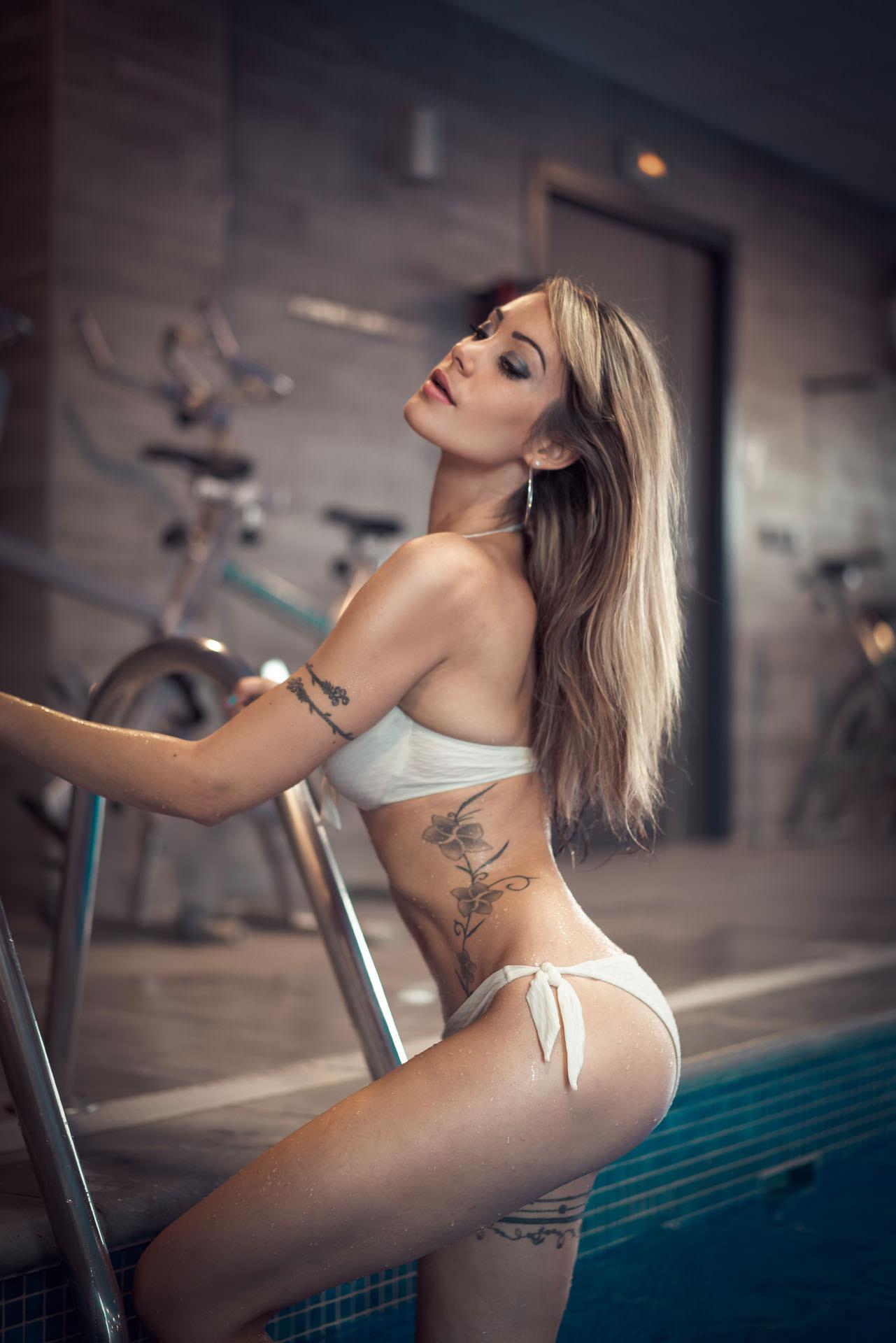 2019-10-15 - Aurélie - Aqua Loft - 03350 - 1920px
